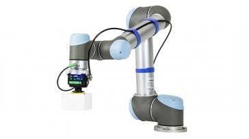 Schneider Electric Bulgaria implements UR5 cobots and shortens the production time